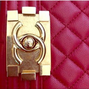 ❤️NEW Medium CHANEL RED LE BOY CAVIAR GOLD HW